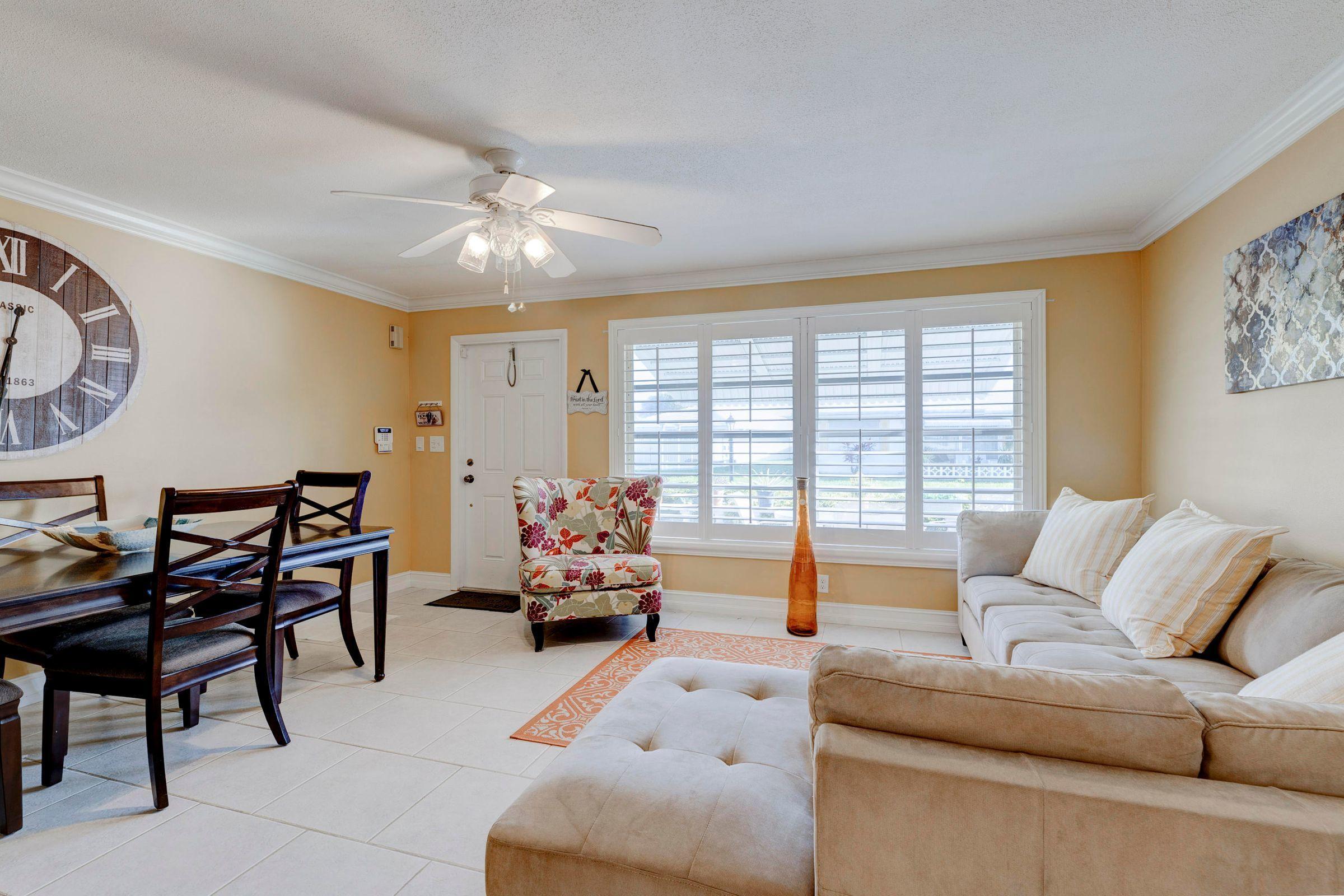211 NW 29 Court  Pompano Beach FL 33064