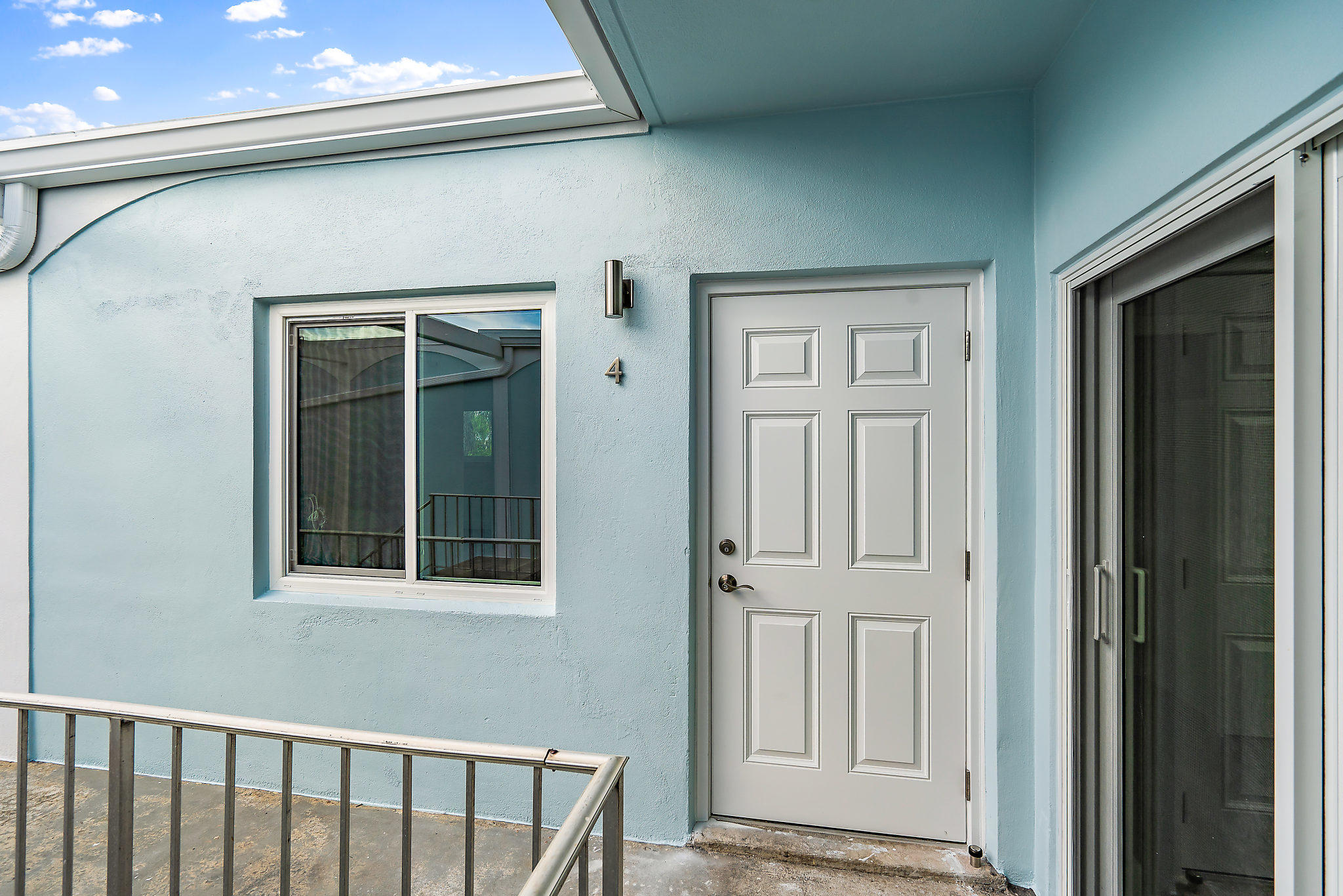016-401SouthwindDrive-NorthPalmBeach-FL-