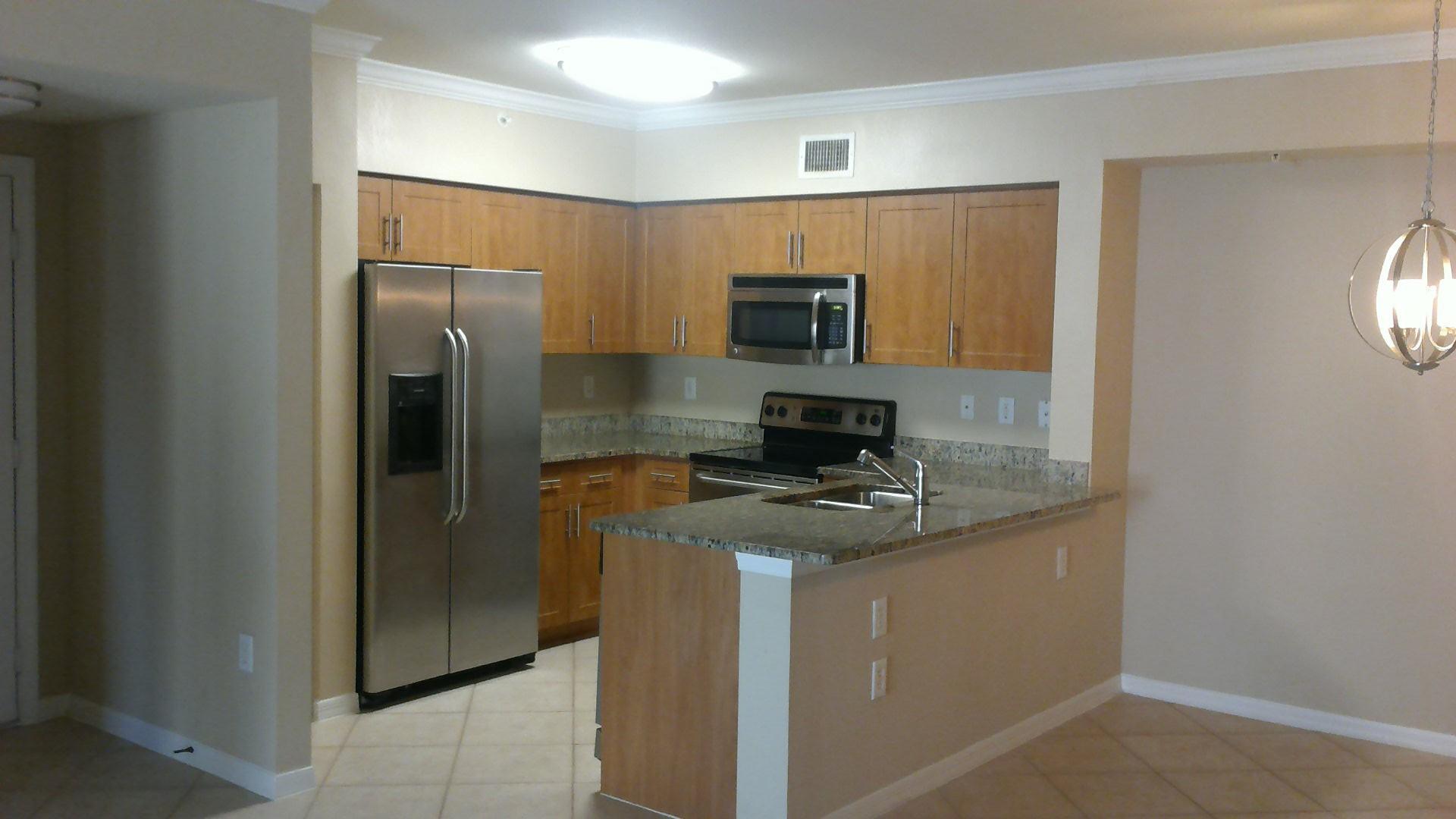 6505  Emerald Dunes Drive 208 For Sale 10697720, FL
