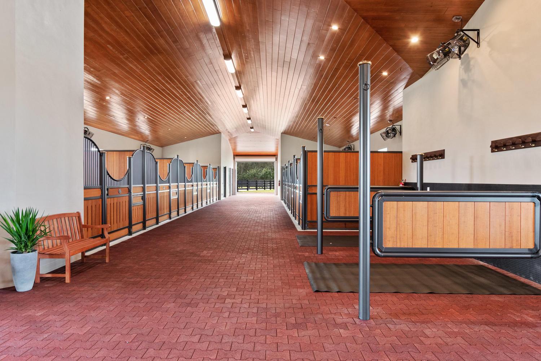 14519 Jumper Road Wellington-large-009-5
