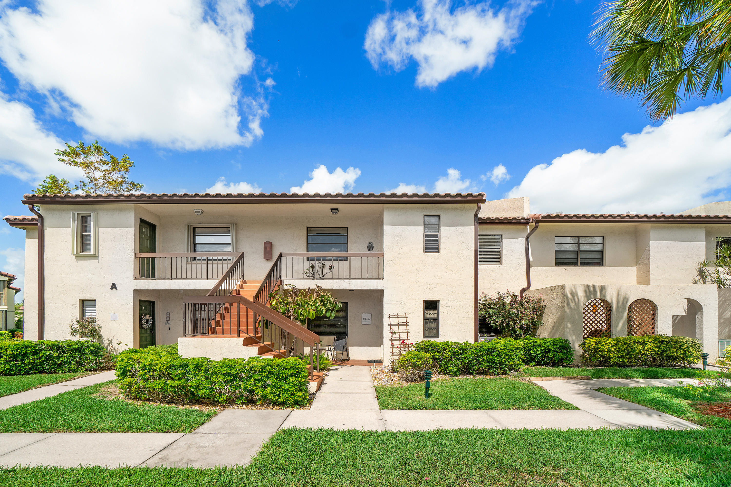 21621  Arriba Real  D For Sale 10699327, FL