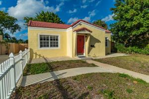 341 Hawthorne Drive, Lake Park, FL 33403