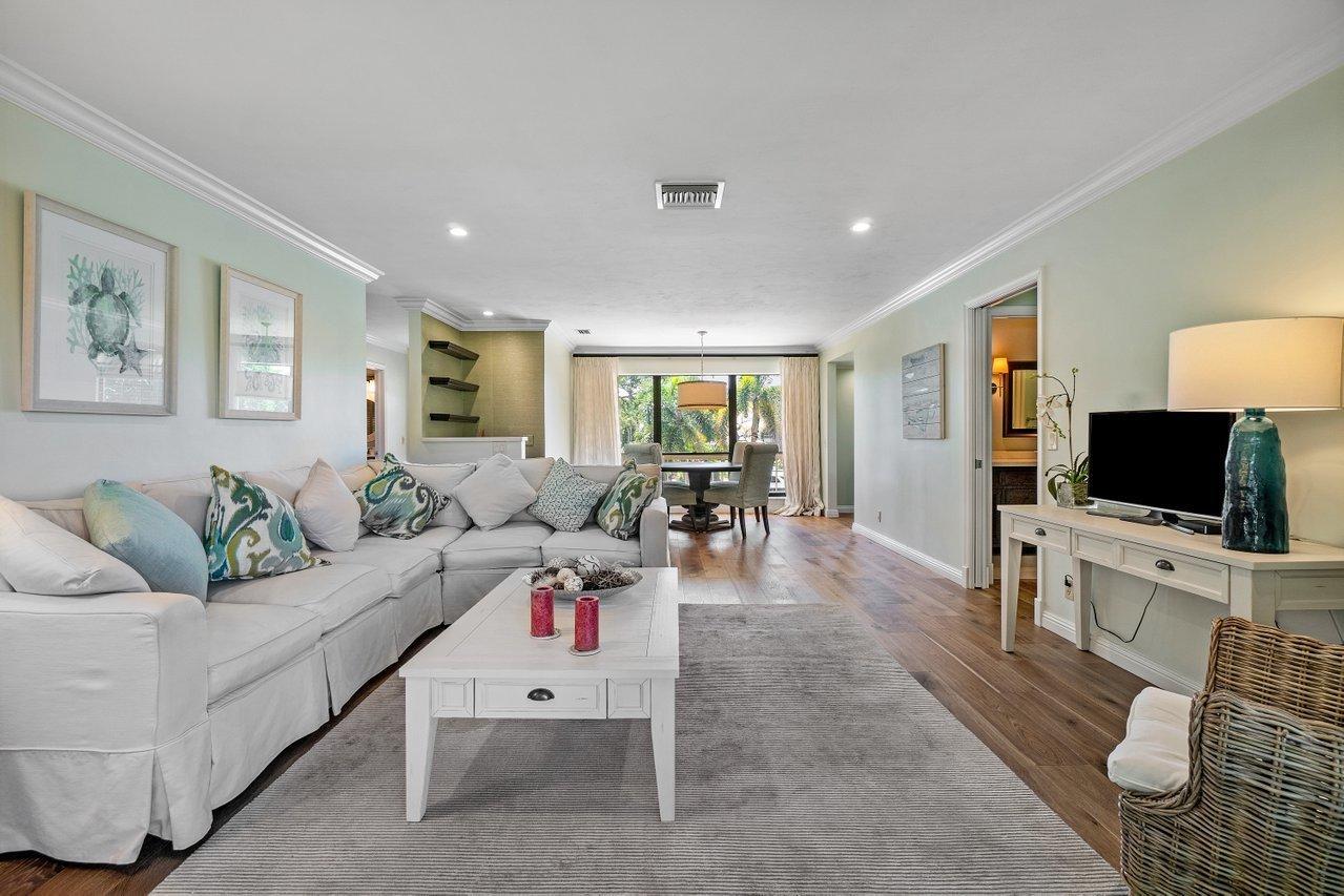 4635  Kittiwake Court  For Sale 10699523, FL