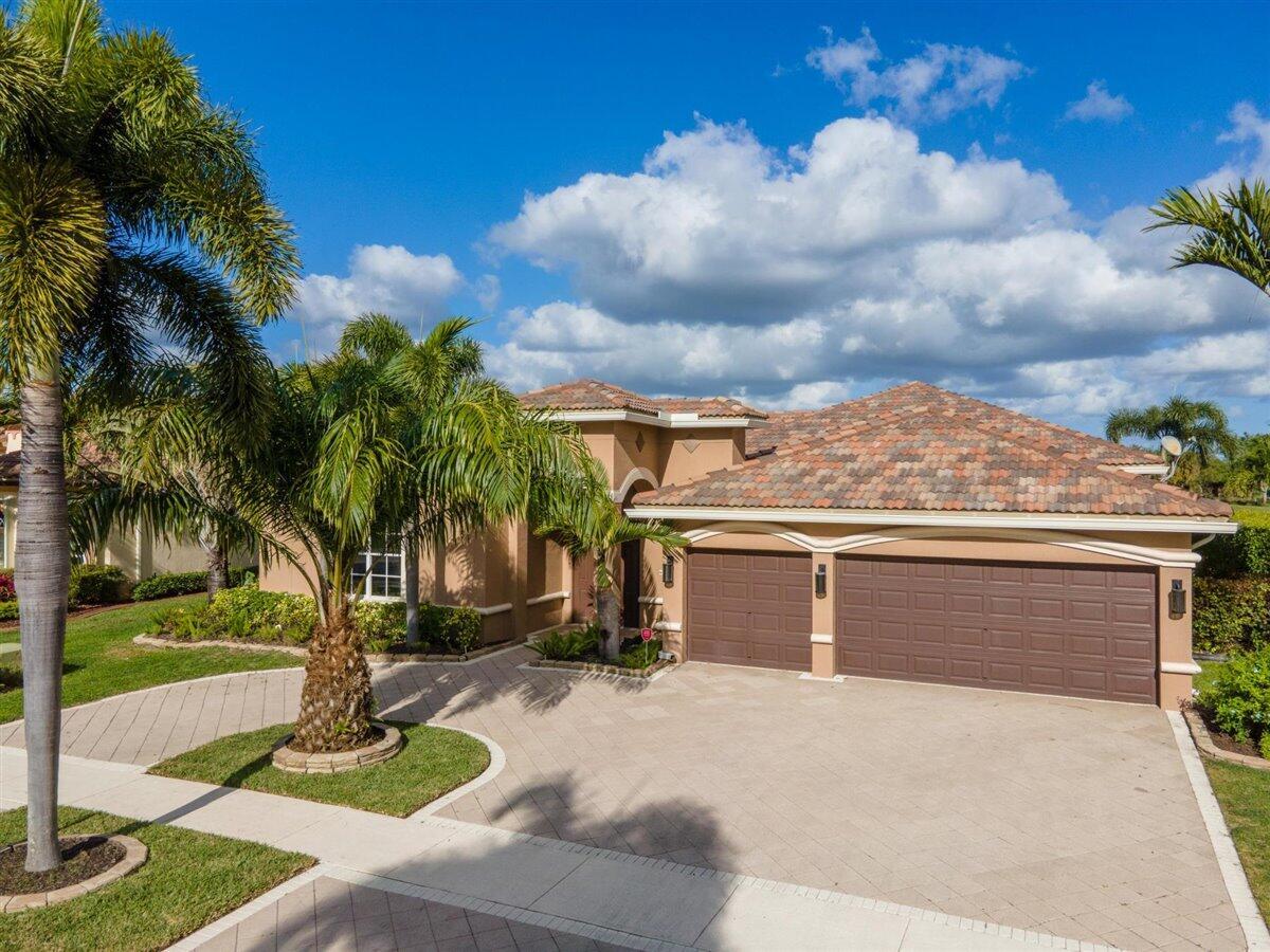 2622 Arbor Lane Royal Palm Beach, FL 33411 photo 2