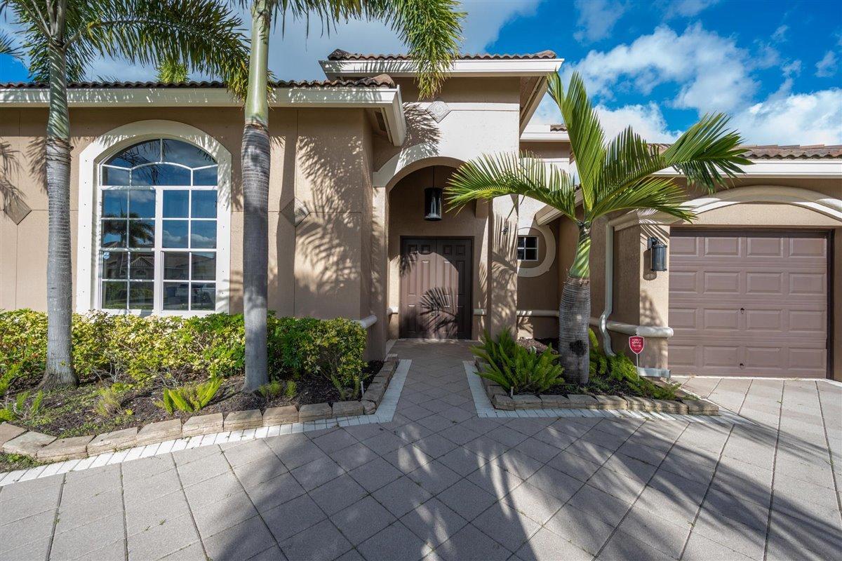 2622 Arbor Lane Royal Palm Beach, FL 33411 photo 3