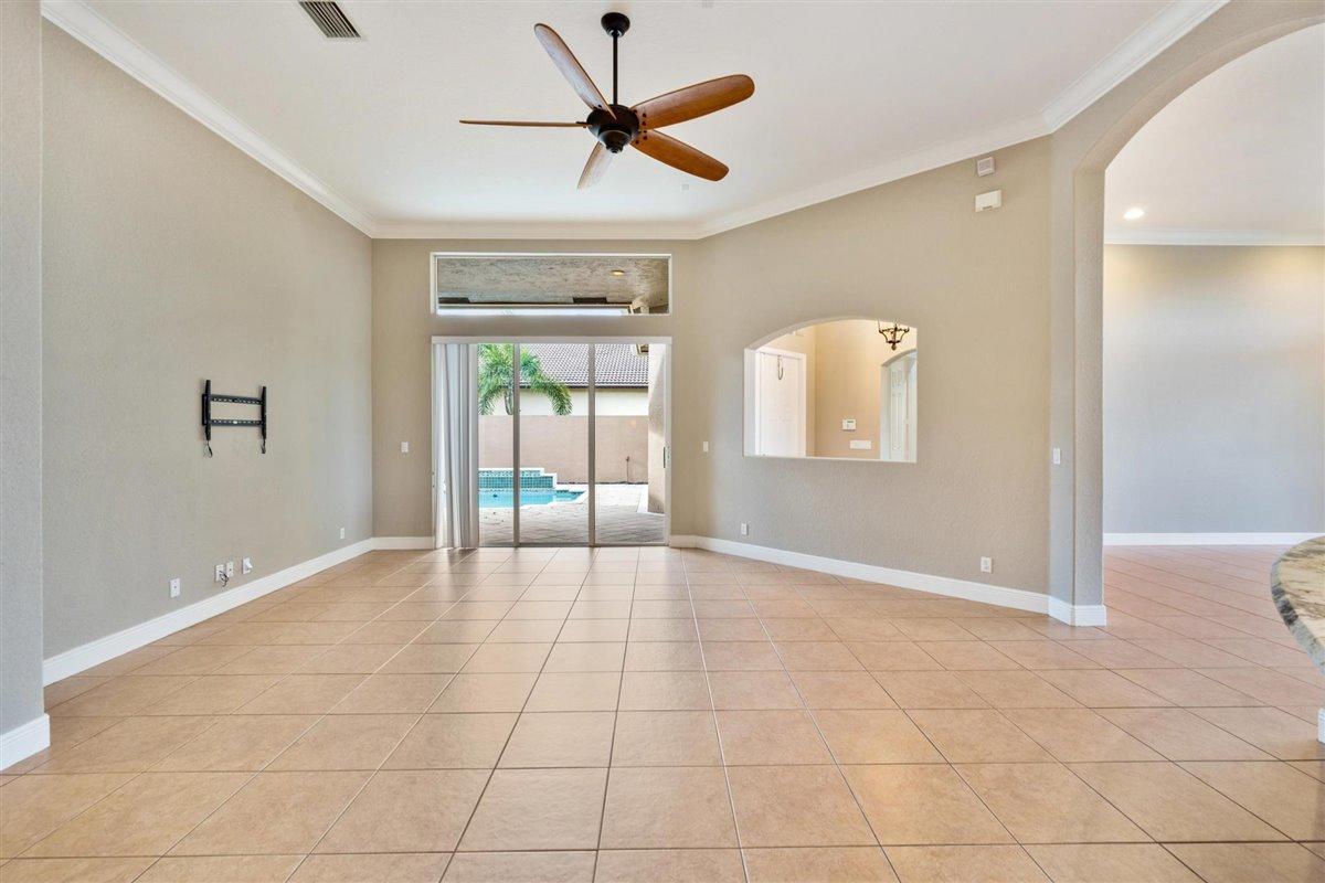 2622 Arbor Lane Royal Palm Beach, FL 33411 photo 17