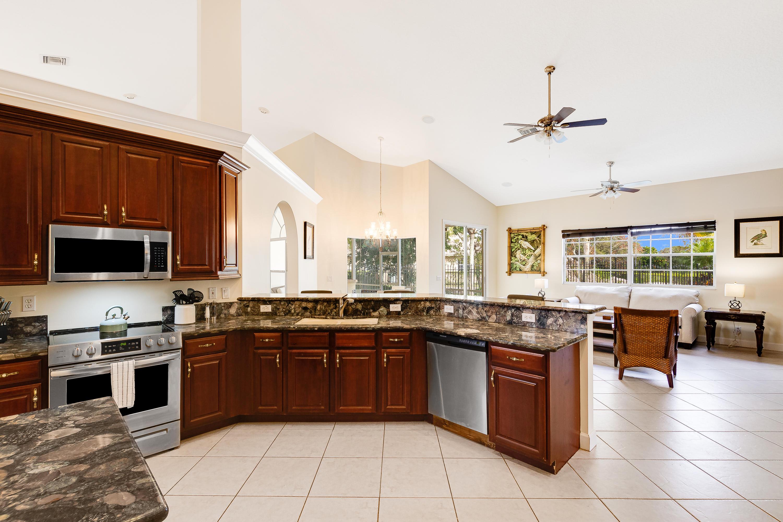 Large Granite Kitchen