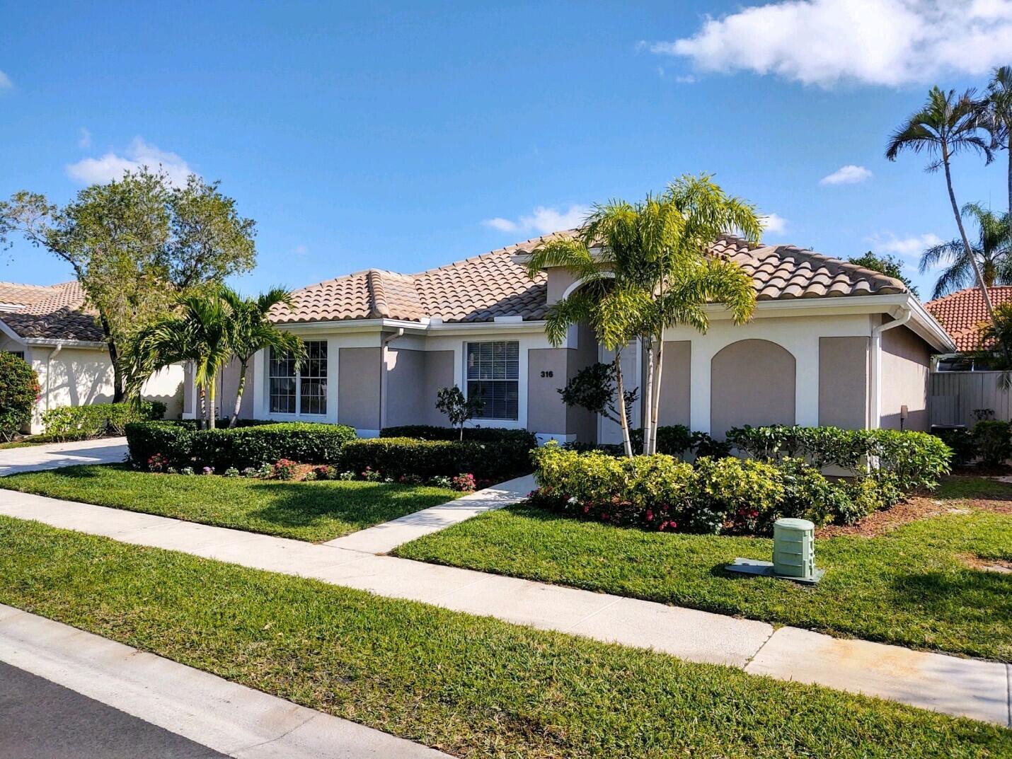 316 Eagleton Golf Drive Palm Beach Gardens, FL 33418