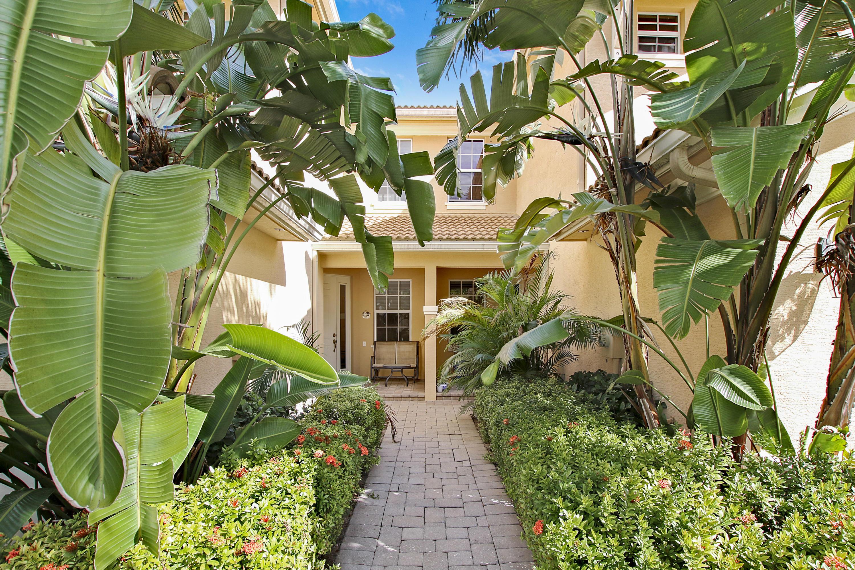 5097 Dulce Court Palm Beach Gardens, FL 33418 photo 3