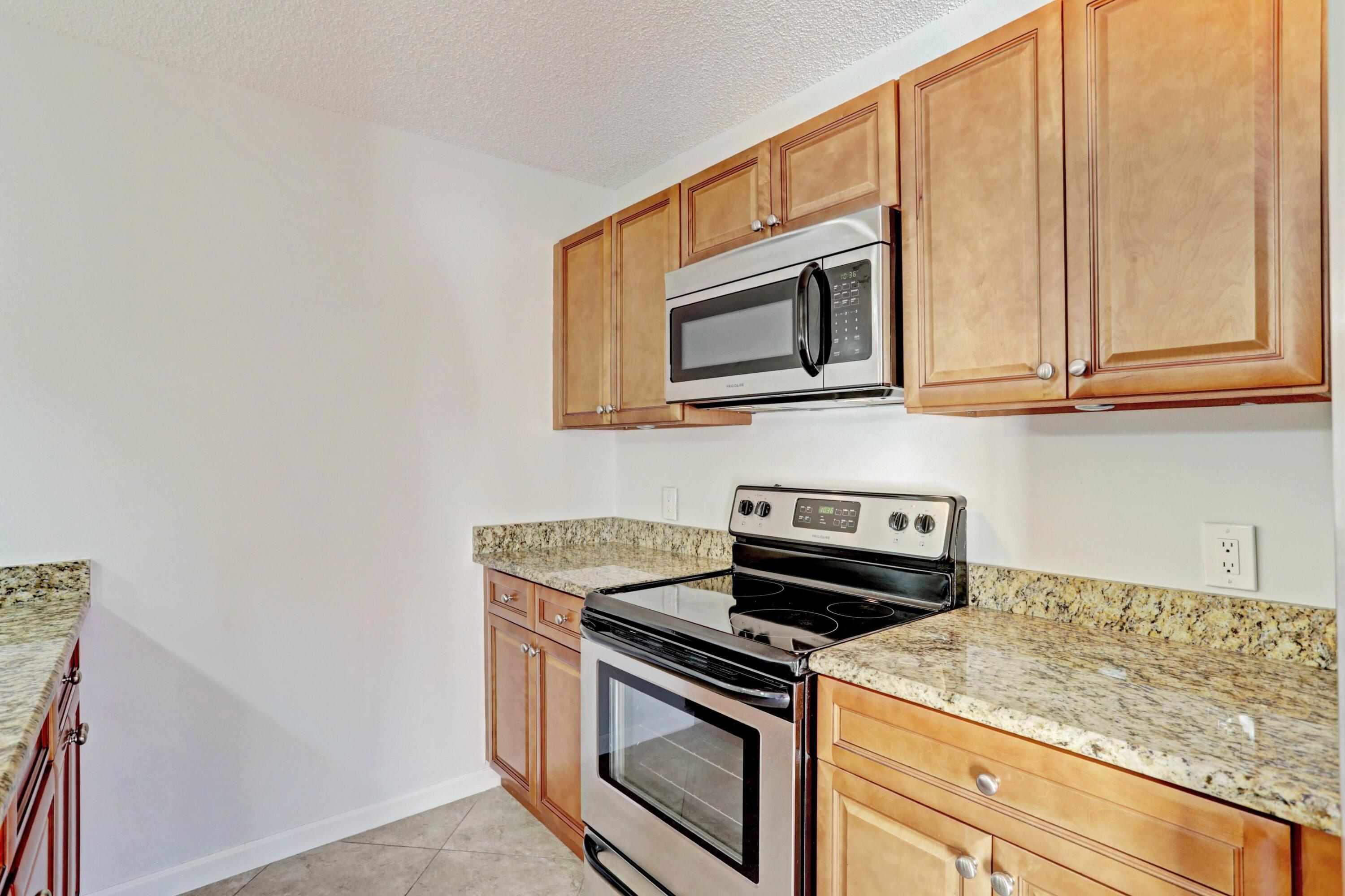 179  Charter Way  For Sale 10700203, FL