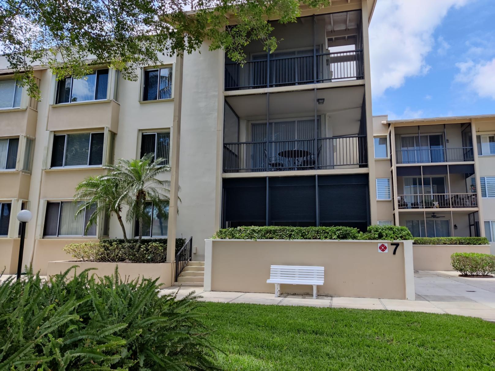 11811 Avenue Of The Pga 7-1g Palm Beach Gardens, FL 33418