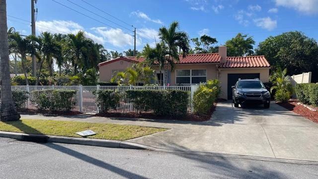 Home for sale in BROADMOOR SEC 3 West Palm Beach Florida