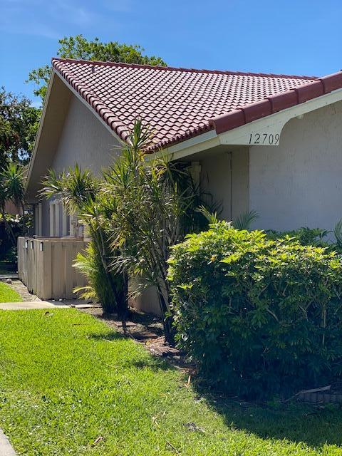 Home for sale in VALENCIA EST Wellington Florida