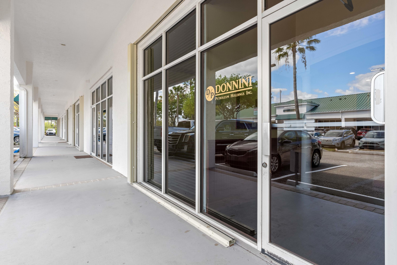 658 W Indiantown Road 208 Jupiter, FL 33458 photo 3