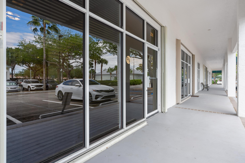 658 W Indiantown Road 208 Jupiter, FL 33458 photo 1