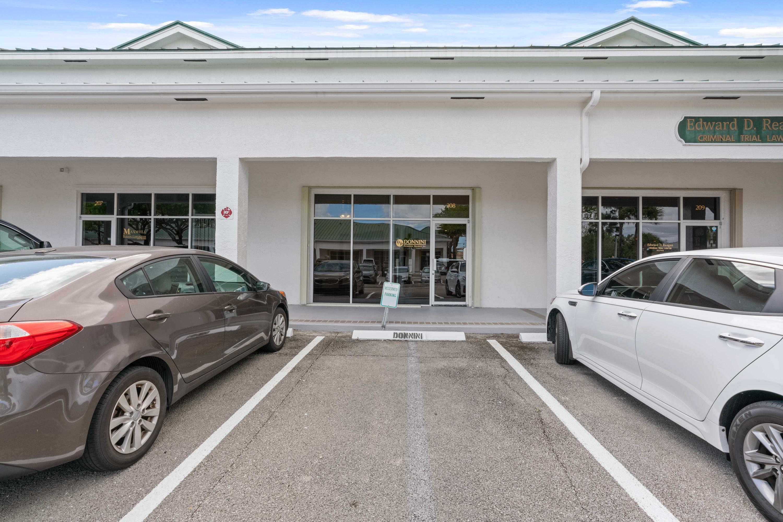 658 W Indiantown Road 208 Jupiter, FL 33458 photo 2