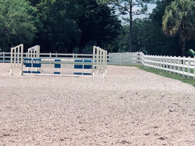 Irrigated arena