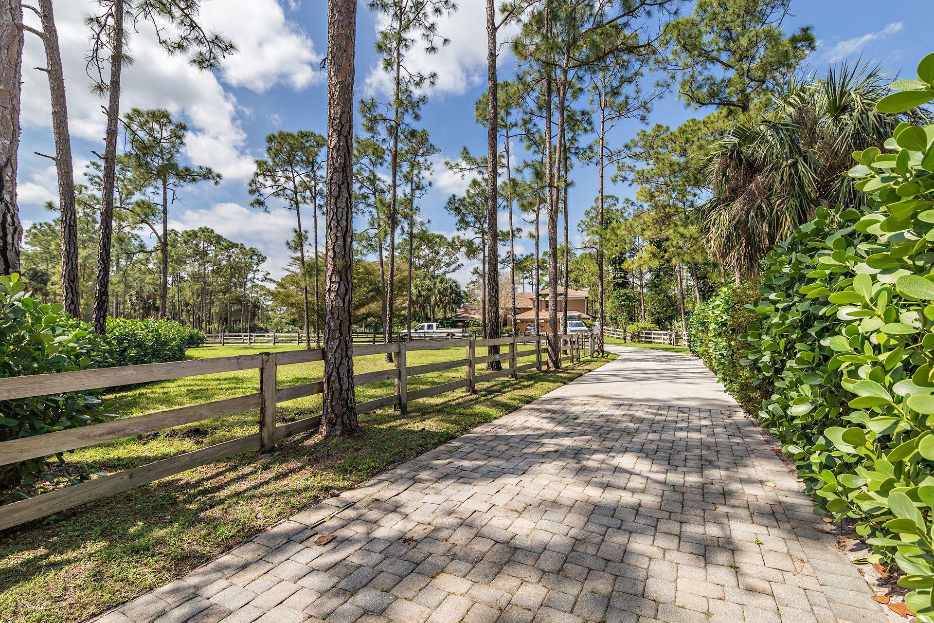14489 Peace River Way Palm Beach Gardens, FL 33418
