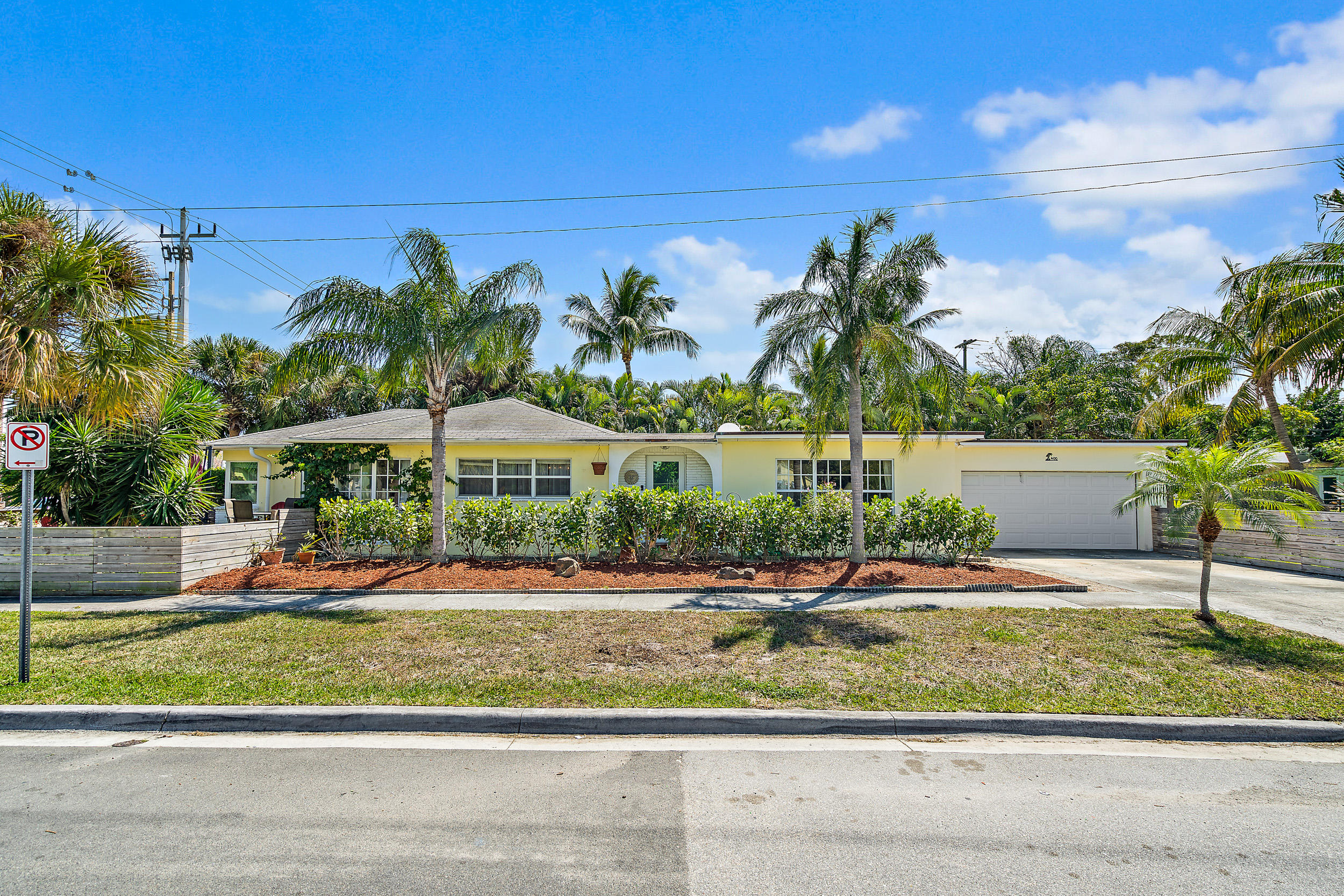 Home for sale in NORTH PALM BEACH PL 1 West Palm Beach Florida