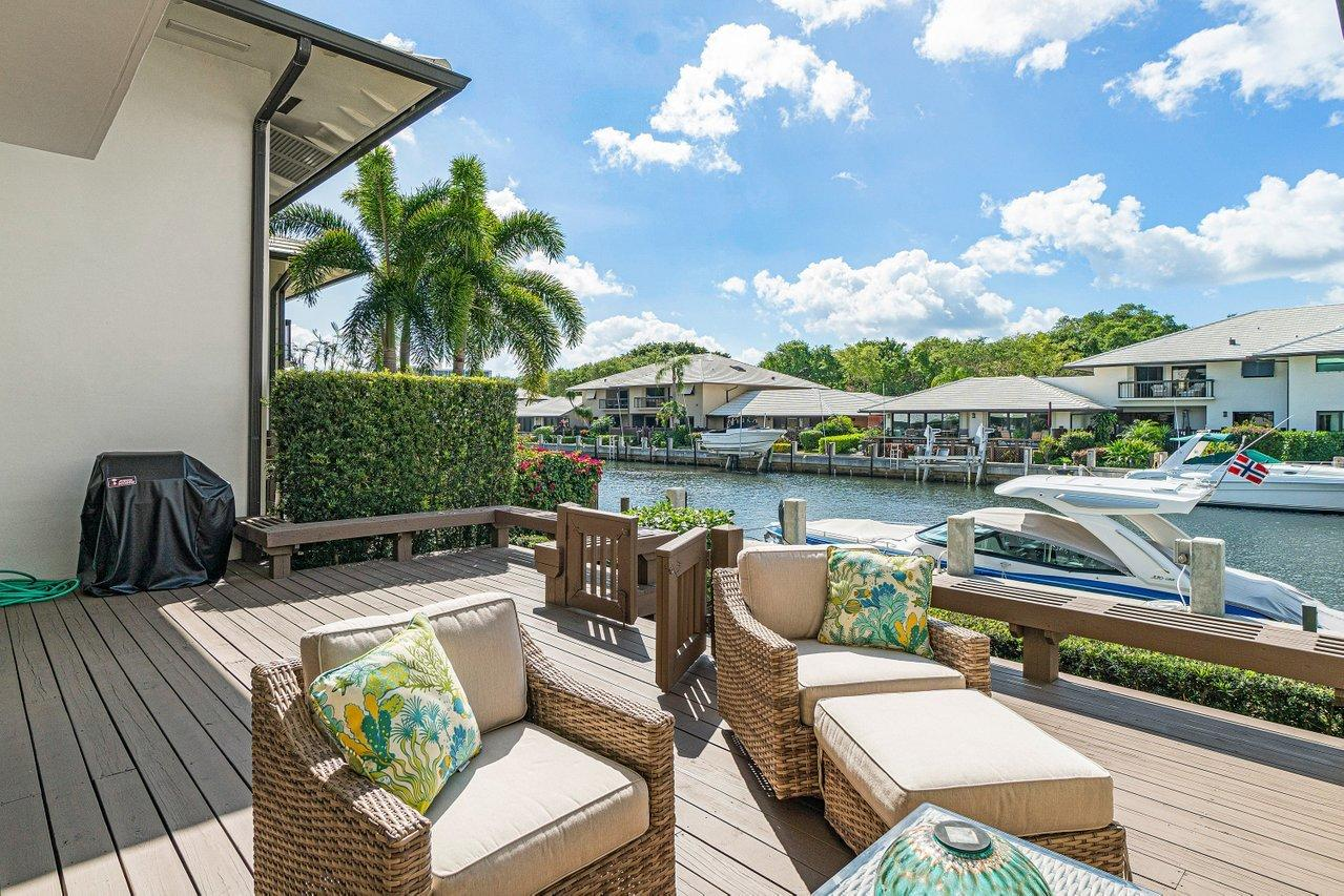 604  Boca Marina Court  For Sale 10701280, FL