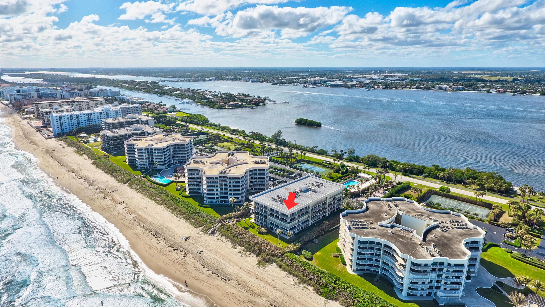 Home for sale in EMERAUDE CONDO Palm Beach Florida