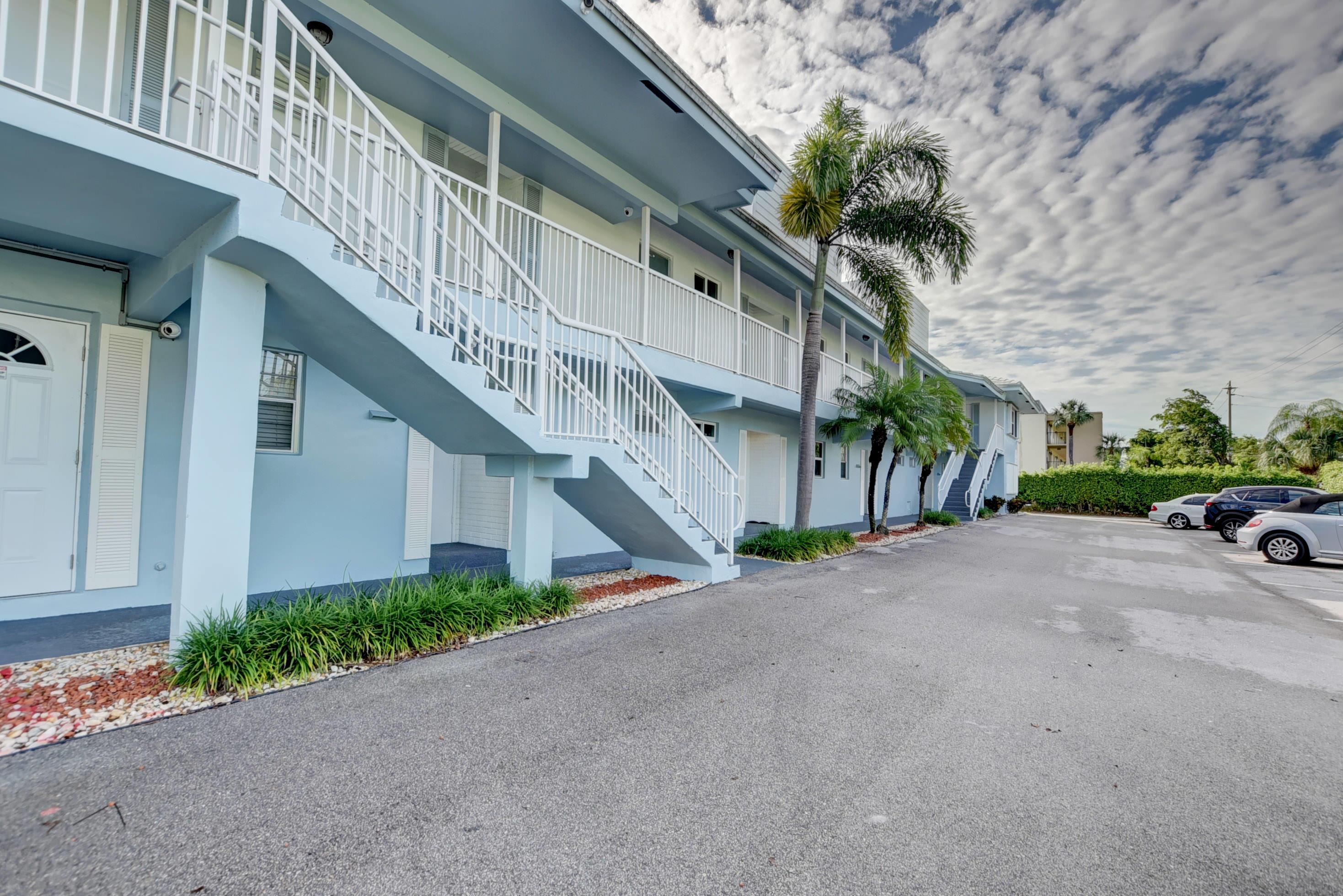 6100 NE 7th Avenue 11 Boca Raton, FL 33487