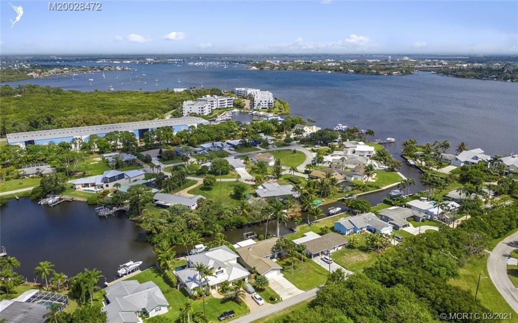 1983 SW Mockingbird Lane Palm City, FL 34990