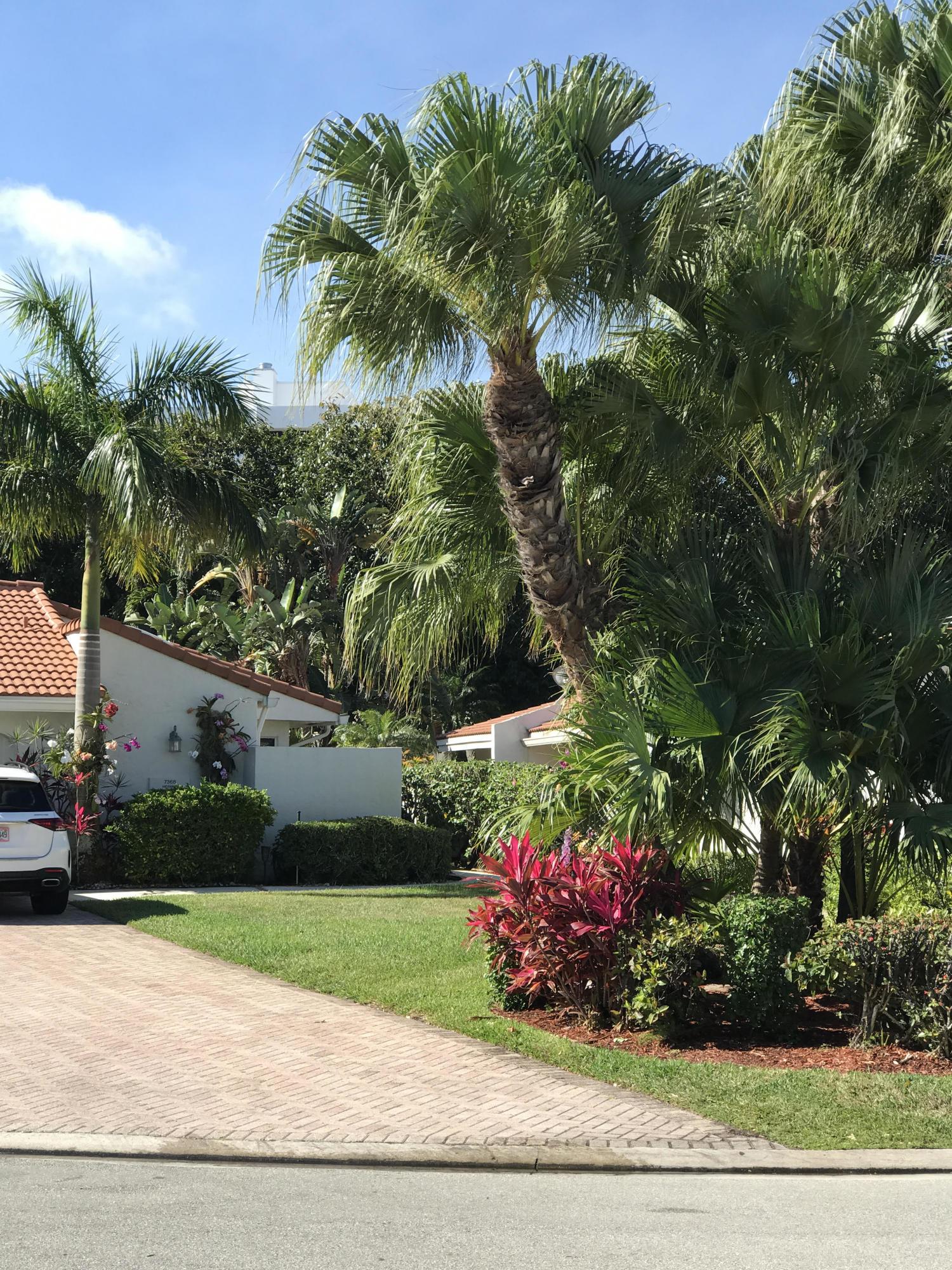 7368 Woodmont Court Boca Raton, FL 33434