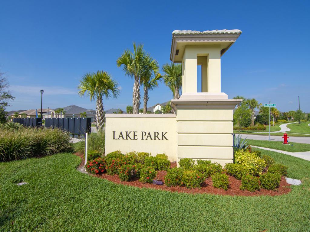 11489 SW Lake Park Drive Port Saint Lucie, FL 34987 photo 3