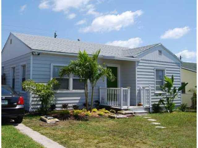 1604  13th Avenue  For Sale 10702224, FL