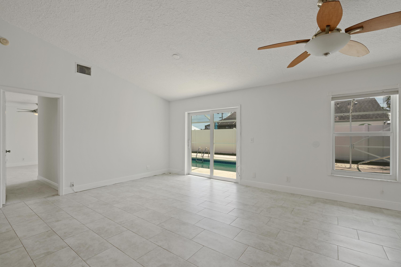 6446 Leslie Street Jupiter, FL 33458 photo 13