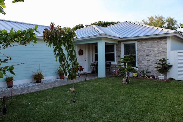 Home for sale in palm gardens 1st add Jupiter Florida