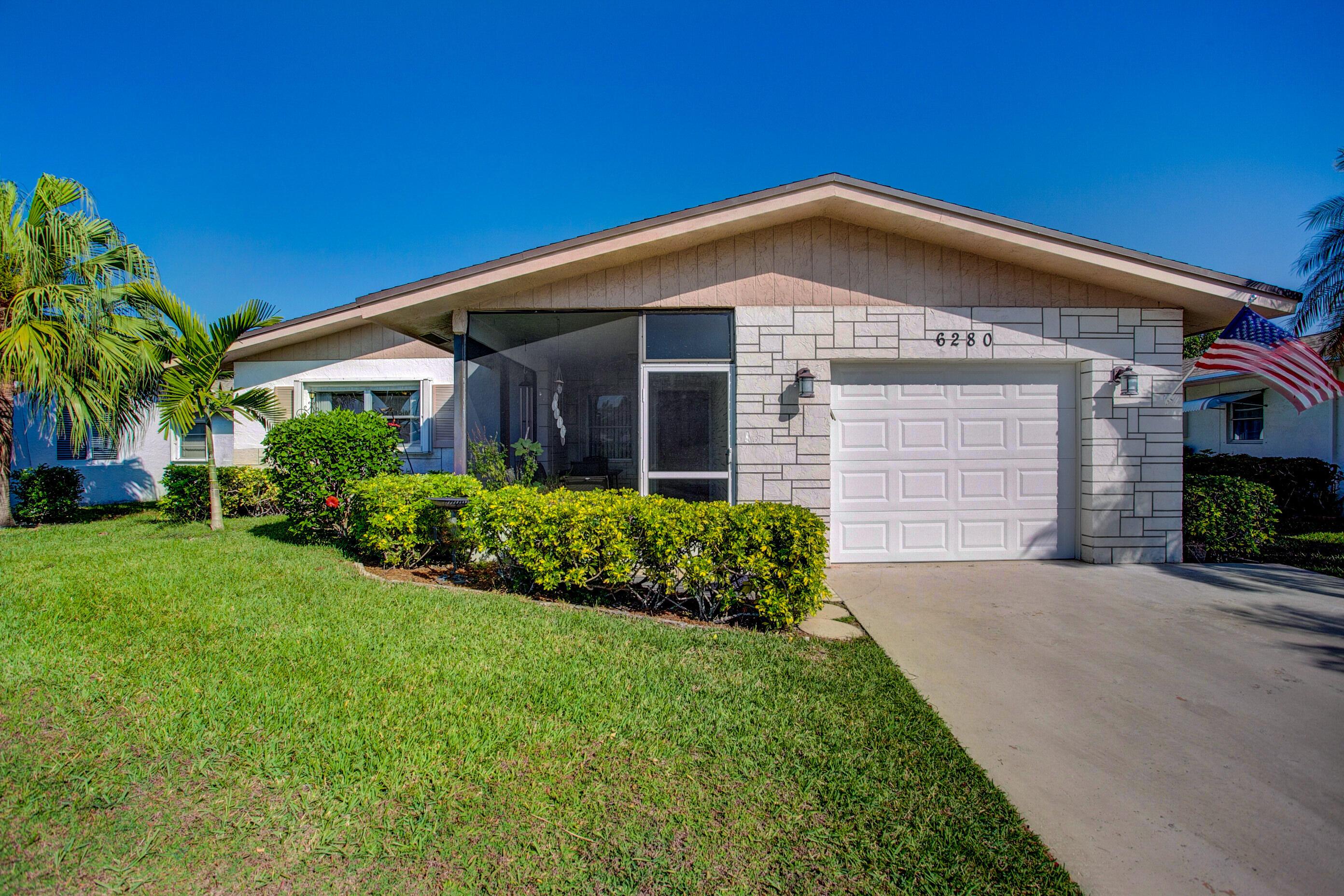 Home for sale in Delray Villas 4/5 Delray Beach Florida