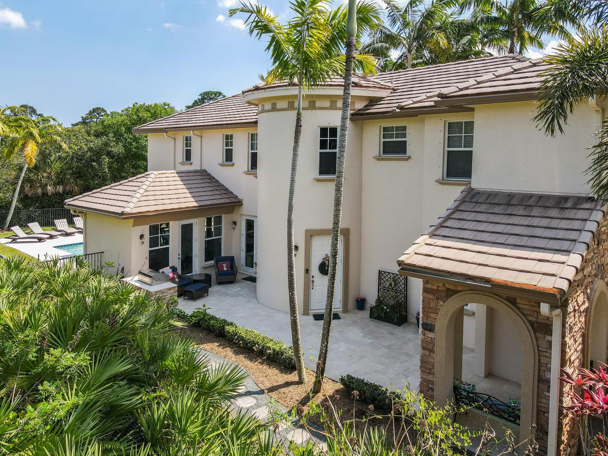 963 Mill Creek Drive Palm Beach Gardens, FL 33410 photo 4