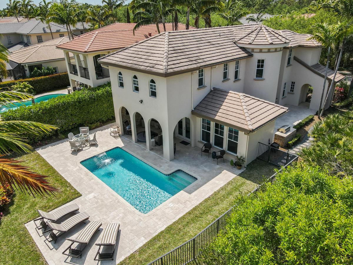 963 Mill Creek Drive Palm Beach Gardens, FL 33410