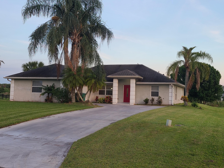 Home for sale in BLUE HERON GOLF & CC PH 02 Okeechobee Florida
