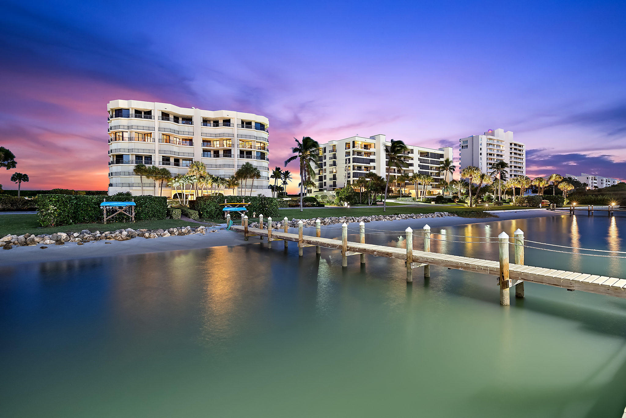 19850  Beach Road 2b For Sale 10702587, FL