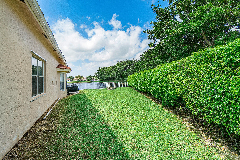 5902 Las Colinas Circle Lake Worth, FL 33463 photo 10