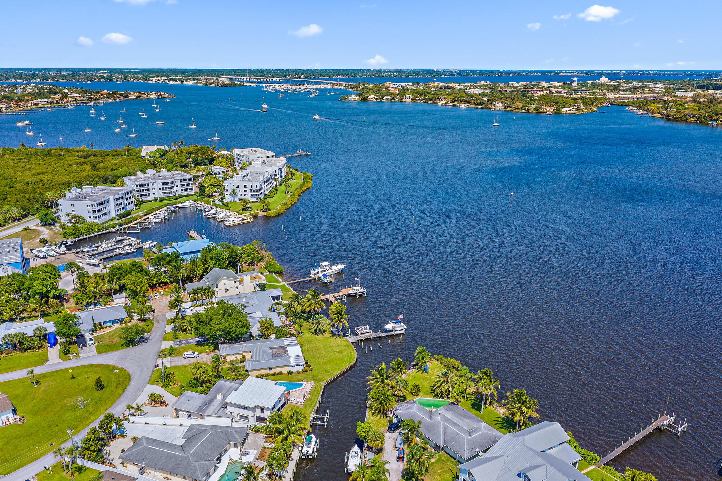 1192 SW Pelican Crescent Palm City, FL 34990 photo 2
