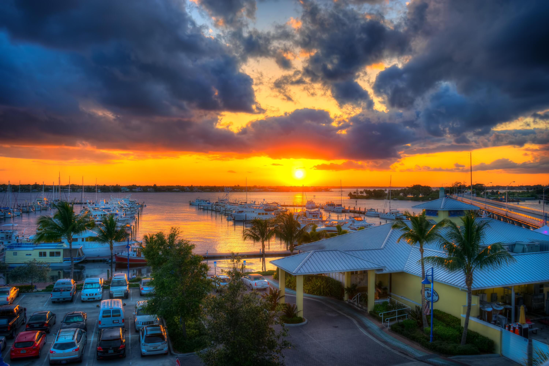 x230x-Sunset-Marina-in-Stuart-FloridaOve