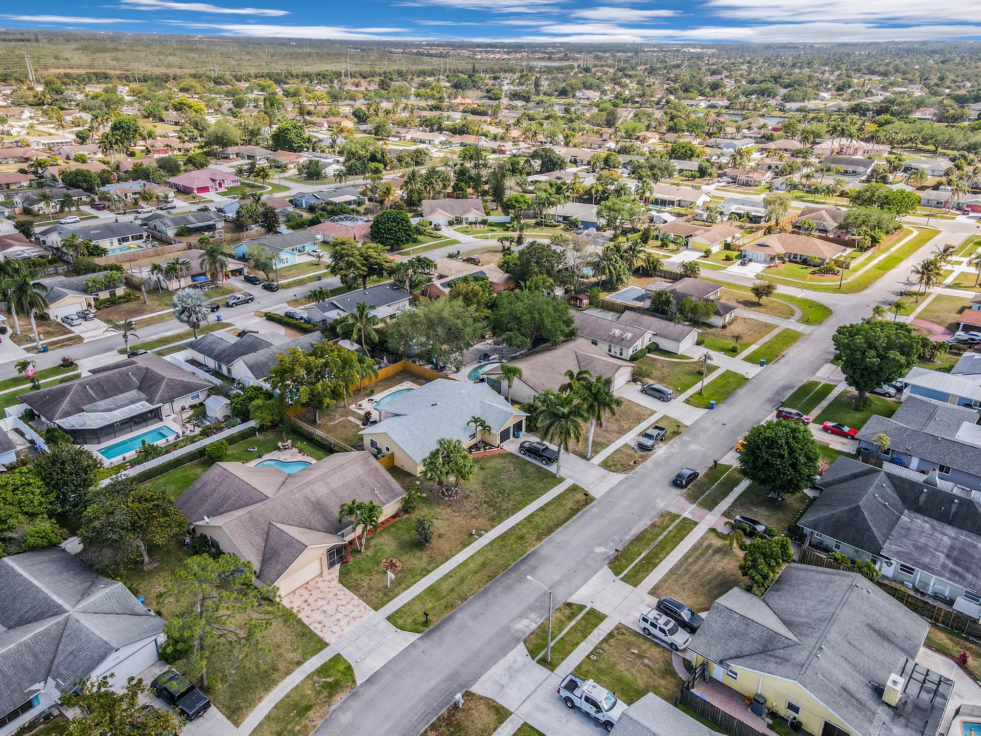 148 Viscaya Avenue Royal Palm Beach, FL 33411 photo 35