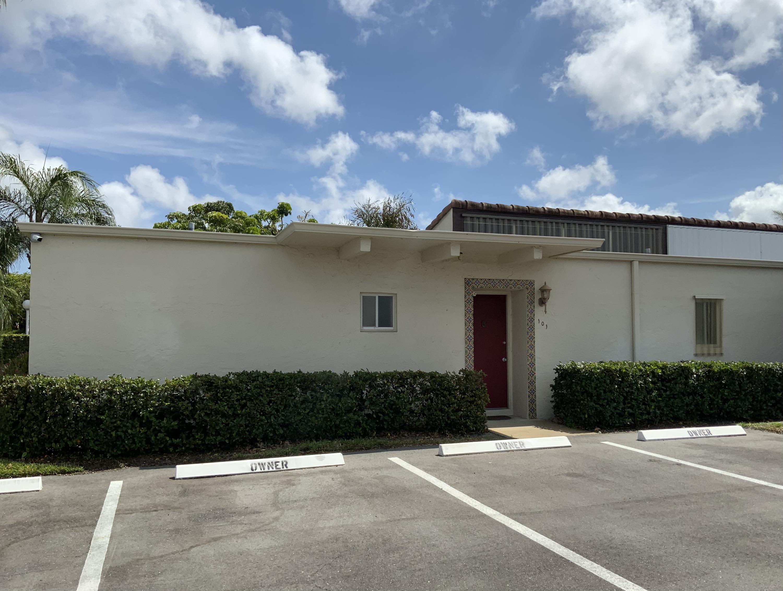 2671 Boundbrook Boulevard 101 West Palm Beach, FL 33406