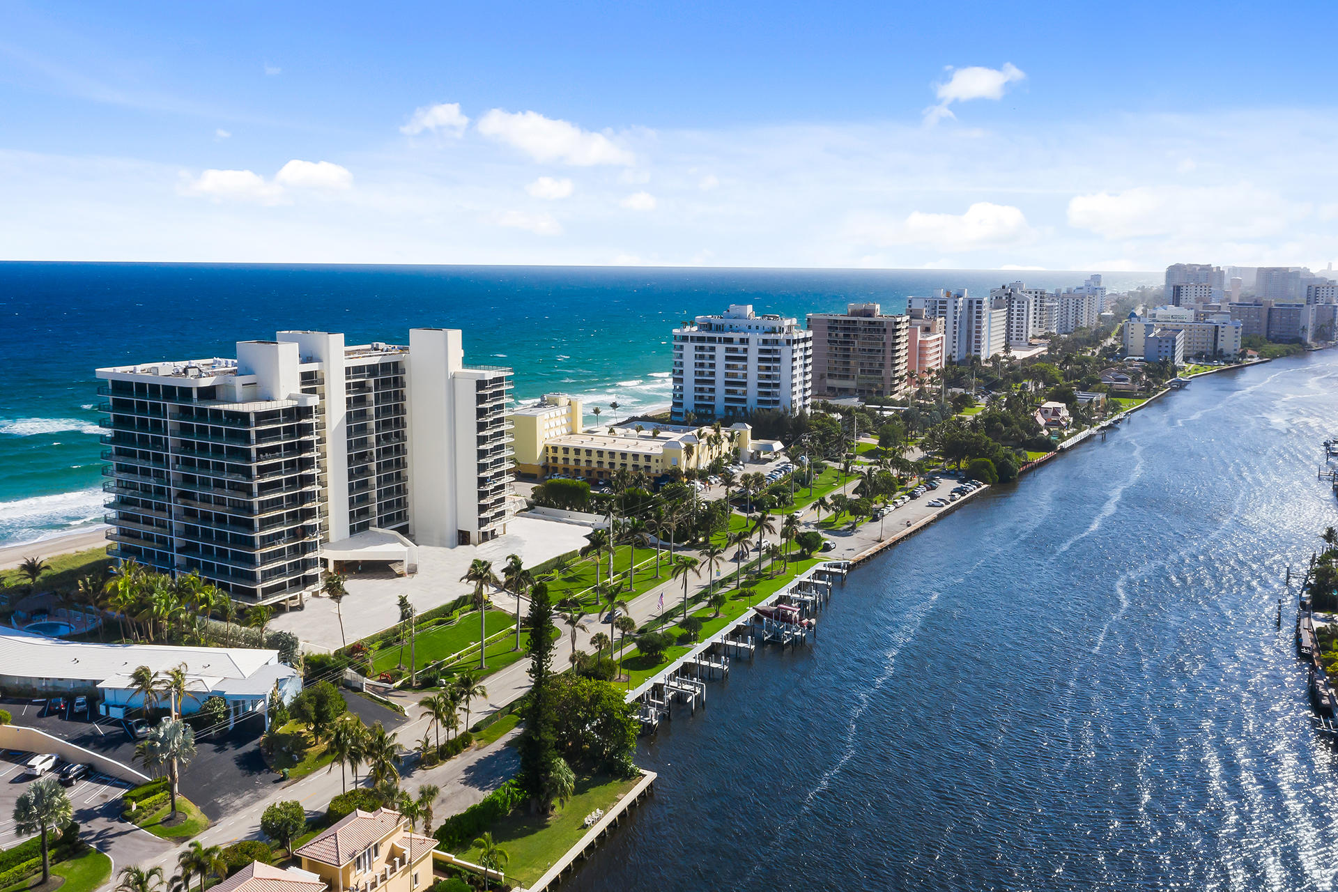 2727 S Ocean Boulevard 1008 For Sale 10703511, FL