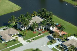 121 Waterview Way, Royal Palm Beach, FL 33411