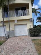 1717 Carvelle Drive, Riviera Beach, FL 33404