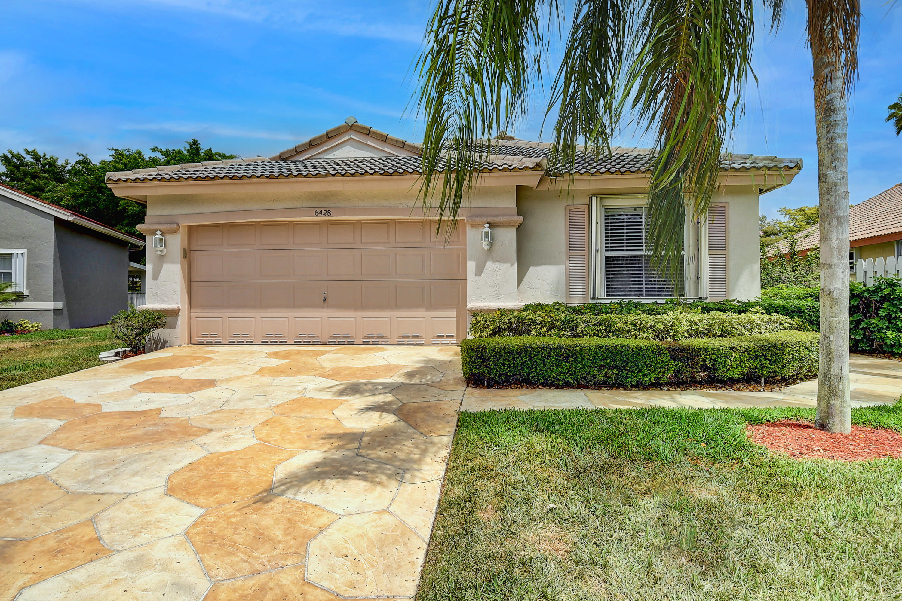 6428 Grand Cypress Circle Lake Worth, FL 33463