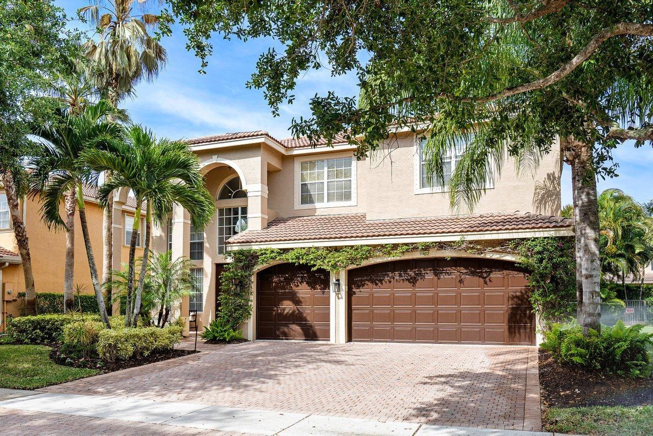 9902  Savona Winds Drive  For Sale 10705577, FL