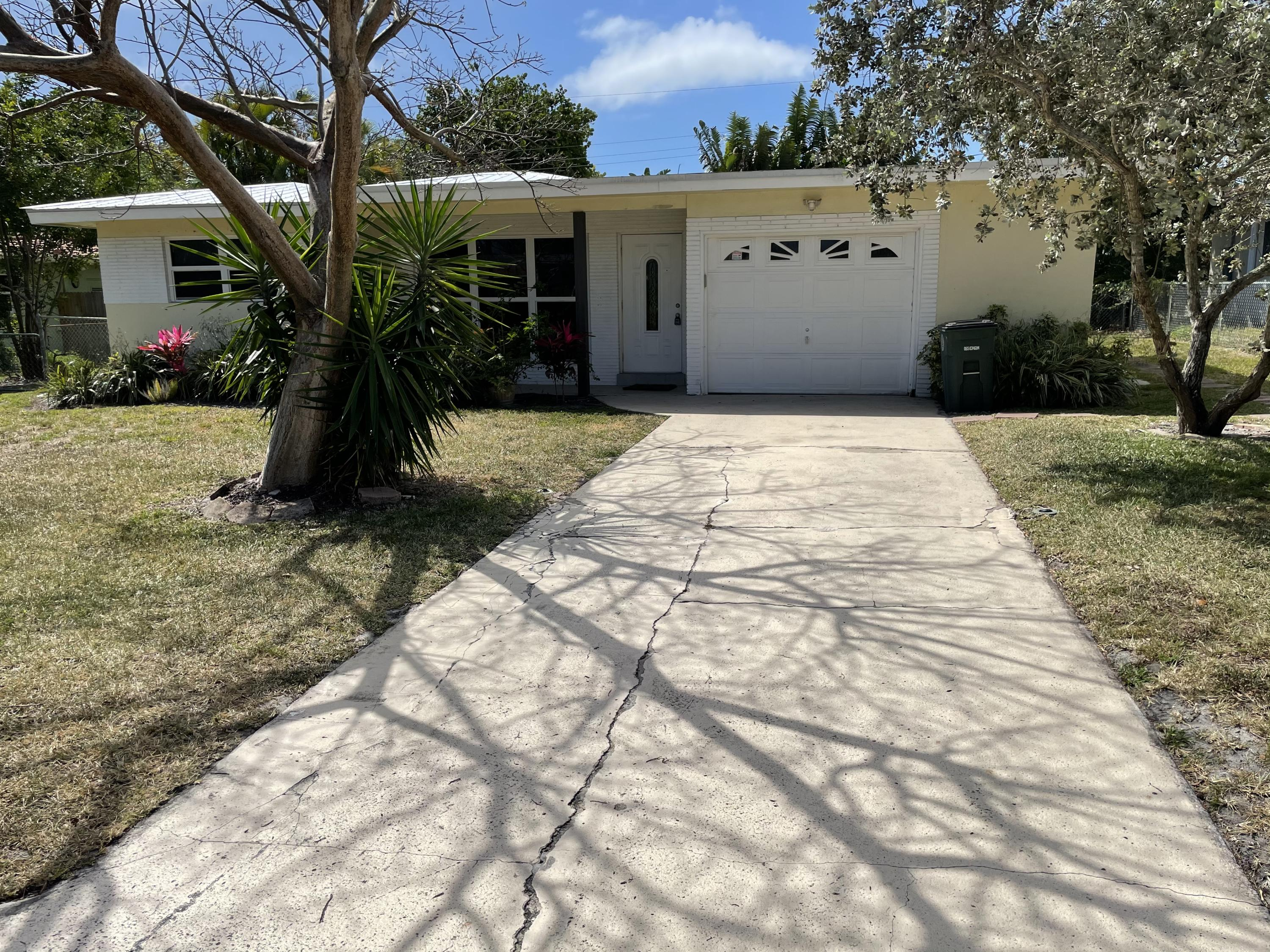 Home for sale in Varsity Heights Boca Raton Florida
