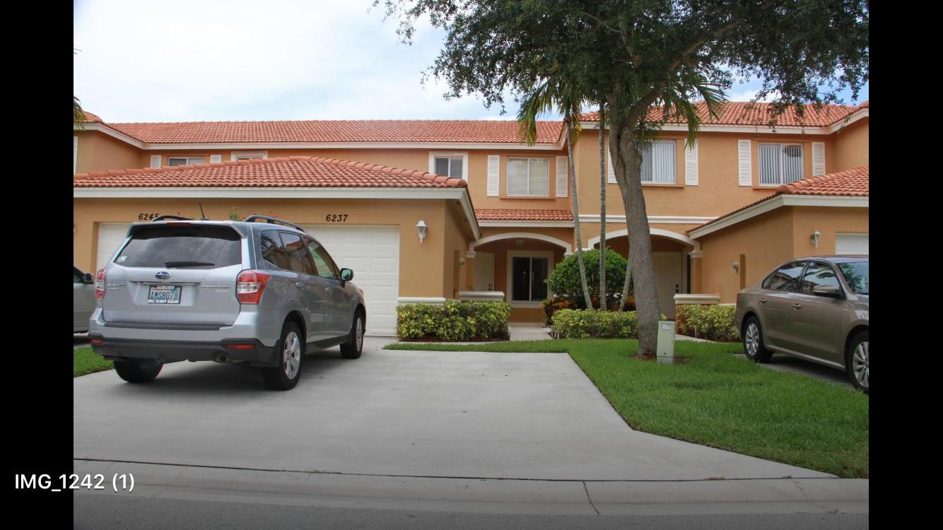 6237 Eaton Street West Palm Beach, FL 33411