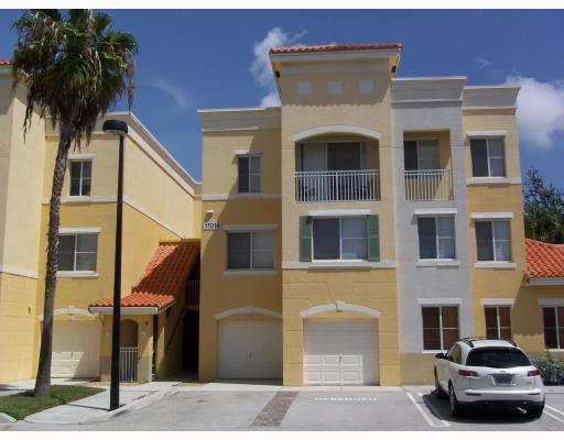 Home for sale in Residences At Legacy Place Palm Beach Gardens Florida